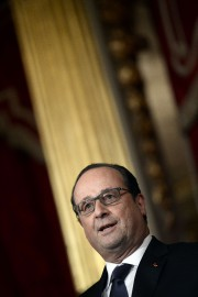 François Hollande ... (PHOTO STEPHANE DE SAKUTIN, AFP) - image 2.0