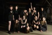 Les douze actrices de la pièce Les Électres... (PHOTO BERNARD BRAULT, LA PRESSE) - image 2.0