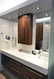 La salle de bain principale avec son meuble... (Le Soleil, Patrice Laroche) - image 3.0