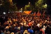 Des milliers de personnes ont manifesté samedi à... (PHOTO SAVO PRELEVIC, AFP) - image 1.0