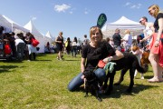 Une propriétaire participe au festival Woofstock avec son... (IMAGE TIRÉE DU COMPTE FLICK DE KAREN STINTZ) - image 2.1