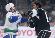 Brandon Prust a jeté les gants contre Andy... (PHOTO REUTERS) - image 2.0