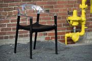 La chaise dans un décor est comme le foulard sur... (Le Soleil, Patrice Laroche) - image 2.0
