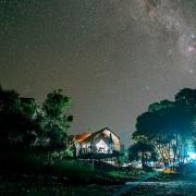 Merci aux photographes couche-tard et amateurs d'astronomie qui... (@lavoiealexis) - image 1.0