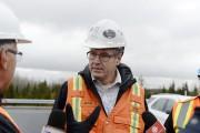 L'ingénieur Rémy Côté, du ministère des Transports du... (Photo Le Quotidien, Jeannot Lévesque) - image 1.1