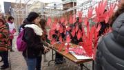 Près d'une centaine de personnes ont manifesté dans... (Photo Le Quotidien, Laura Lévesque) - image 2.0