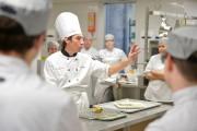 Christophe Alary est chef enseignant en cuisine d'établissement... (Le Soleil, Yan Doublet) - image 2.0
