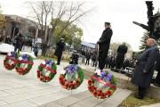 La cérémonie de dépôt des couronnes avait lieu... (Photo Le Quotidien, Mariane L. St-Gelais) - image 1.1