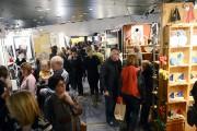 Le Salon grouillait de monde, mardi soir, lors... (Photo Le Quotidien, Jeannot Lévesque) - image 1.0