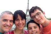 Denis Leroux, Lyne Cloutier et leurs fils Maxime... - image 1.0