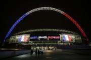L'arche surplombant lestade de Wembleys'est parée de bleu-blanc-rouge.... (PHOTO AP) - image 2.0