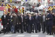Lors de sa première communication aux médias, François... (AFP, François Guillot) - image 1.1