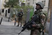 Des soldats français patrouillent à Saint-Denis, en banlieue... (Photo Thomas Samson, Agence France-Presse) - image 1.0