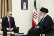 Vladimir Poutine a été reçu par l'ayatollah Khamenei,... (PHOTO ALEXEI DRUZHININ, SPUTNIK, REUTERS) - image 1.0