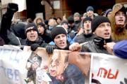 Des manifestants devant l'ambassade turque... (AFP, Kirill Kudryavtsev) - image 2.0