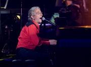 Richard Desjardins lors d'une prestation du Show du... (PHOTO ANDRÉ PICHETTE, ARCHIVES LA PRESSE) - image 1.0