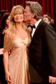 Goldie Hawn... - image 7.0