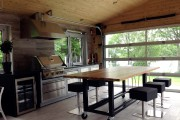 À l'intérieur de la cuisine d'été... (Fournie par les propriétaires) - image 2.0