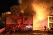 Un incendie a ravagé un immeuble situé à... (Photo: Sylvain Mayer Le Nouvelliste) - image 1.0