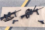 Les quatre armes utilisées par les tireurs ont... (PHOTO REUTERS) - image 2.0