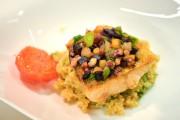 Doré poêlé en mosaïque de légumes, quinoa, jus... (Le Soleil, Andréanne Lemire) - image 2.0