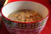 La soupe au pois et à l'orge, proposée... (Photo Le Progrès-Dimanche, Mélissa Viau) - image 5.0