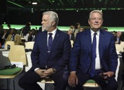 Phillippe Couillard et Al Gore à la conférence... (AFP, Eric Feferberg) - image 2.0
