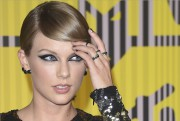 Taylor Swiftest en nomination pour son titreBlank Spacedans... (Archives AFP) - image 1.0