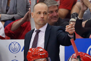Le nouvel entraîneur-chef des Red Wings, Jeff Blashill.... (Photo Paul Sancya, AP) - image 3.0