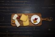 Cristel Henssen est copropriétaire de la fromagerie Copette&Cie,... (PHOTO OLIVIER PONTBRIAND LA PRESSE) - image 1.1