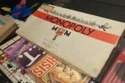 Les jeux Hands Down et Monopoly évoquent une... (Photo Le Quotidien, Michel Tremblay) - image 2.0