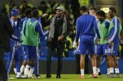 Didier Drogba a rejoint ses anciens coéquipiers sur... (PHOTO JOHN SIBLEY, REUTERS) - image 1.0