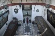 Les cercueils de Richard Francis Burton et de... (AFP, Ben Stansall) - image 2.1