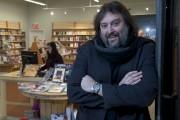 L'auteur, éditeur, libraire et metteur en scène Bryan... (Sylvain Mayer) - image 4.0