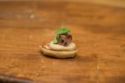 Le caviar, c'est tellement surévalué, ma chère. Réinventons le blini, cette... - image 4.0