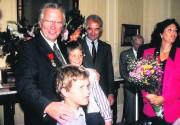 Un homme décoré, le maire L'Allier a notamment... (Archives Le Soleil) - image 2.0
