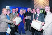 Cette photo de 2000 réunit tous les maires... (Archives Le Soleil) - image 2.0