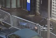 La ceinture d'explosifs de l'homme tué s'est révélée... (Agence France-Presse, Anna Polonyi) - image 1.0