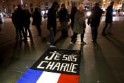 En dépit de cette attaque, les Parisiens n'ont... (AP, François Mori) - image 2.0
