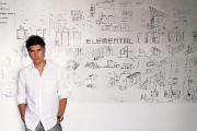 Alejandro Aravenaest notamment connu pour les «tours siamoises»... (PHOTO CRISTOBAL PALMA/ELEMENTAL VIA AP) - image 1.0