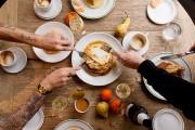 Les pancakes deMesón sont garnies de tranches de... (PHOTO ALAIN ROBERGE, LA PRESSE) - image 4.0