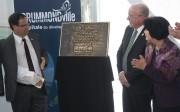 Le maire de Drummondville, Alexandre Cusson, accompagné du... (La Tribune, Yanick Poisson) - image 1.0