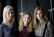 Lise Roy, Sophie Nélisse et Mylène Mackay pendant... (La Presse, Marco Campanozzi) - image 2.0