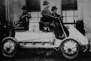 Ceci est la première voiture hybride de l'histoire.... (PHOTO FOURNIE PAR PORSCHE) - image 1.1