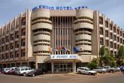 La façade de l'hôtel Splendid, à Ouagadougou, touché... (Photo tirée de l'internet) - image 1.0