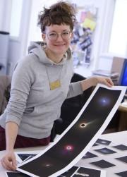 Michelle Lacombe montre une série de photographies remaniées... (Photo Le Progrès-Dimanche, René Bouchard) - image 6.0