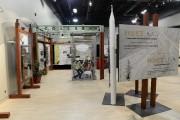 L'exposition sur l'amiante montre plus de 250 minéraux... (Photo Le Quotidien, Jeannot Lévesque) - image 1.0