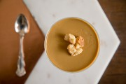 La panna cotta au chaga et au citron... (PHOTO DAVID BOILY, LA PRESSE) - image 8.0