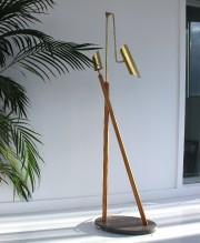 Un lampadaire signé Jean-Pascal Gauthier. «L'élaboration d'un lampadaire... (PHOTO TIRÉE D'INSTAGRAM (@jeanpascalgauthier)) - image 3.0