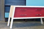 Ce vaissellier rouge et blancde style scandinave a... (Le Soleil, Jean-Marie Villeneuve) - image 3.0